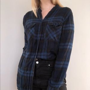 BDG Super Soft Collarless Flannel